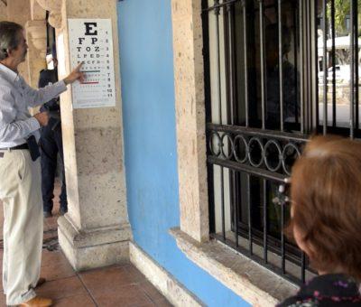 Dif municipal amplía sus servicios con exámenes de la vista gratuitos