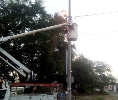 Llevamos arregladas 97 % de luminarias en comunidades y 80% en zona urbana: Felipe Cruz
