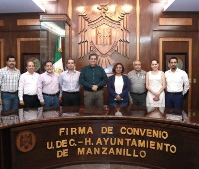 Formalizan lazos de colaboración UdeCy Ayuntamiento de Manzanillo
