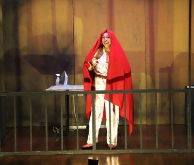 """Carmen Solorio presentó """"Solo una mujer"""", en Nayarit"""