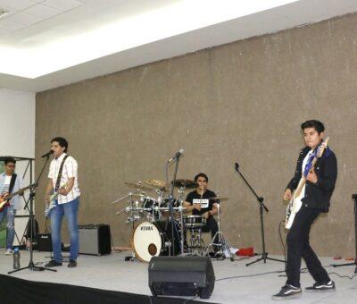Tuvo éxito Grupo Veerux, en Manzanillo