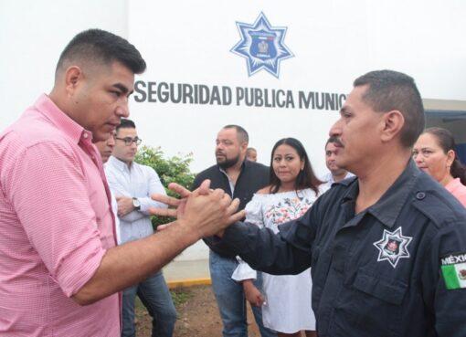 Dan de baja a 8 policías por reprobar examen de control y confianza