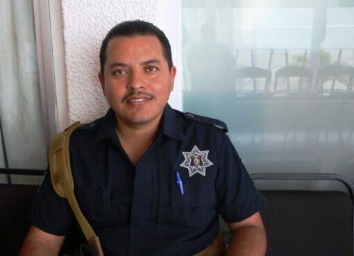 Por pésimos resultados y malos tratos, policías piden cambio del director de seguridad