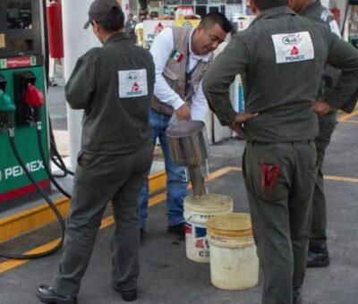 Por negarse a verificación multan con 800 mil pesos a 12 gasolineras