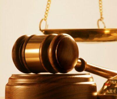 Juez ordena reinstalar a policía vial despedida por no acceder sexualmente con su jefe, éste desacata la orden