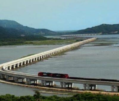 El viaducto ferroviario de Manzanillo, entre las mejores obras del país