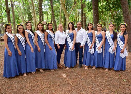 Candidatas a Reina de la Feria de Colima visitaron el Restaurante San Martín de los Pinos en Comala