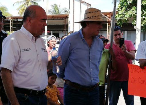 Levantan bloqueo carretero en Cofradía de Morelos tras llegar a acuerdos con autoridades