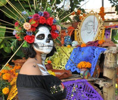 Honra IUBA memoria de Francisco Toledo, por el Día Muertos
