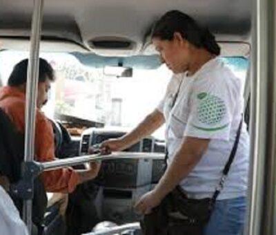 Dejan sin servicio a usuarios de la ruta 2 en Tecomán
