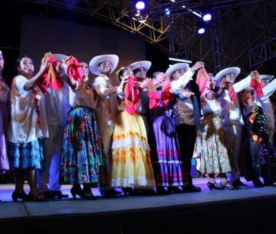 Con la muestra del folklor de Guerrero inician los eventos culturales de la Feria