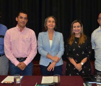 Julia Carabias imparte conferencias organizadas por Puertabierta, IEE y Cultura