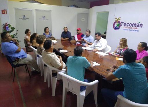 Patronatos analizan necesidades con Regidor Serapio; se pretende un posible aumento de apoyo económico