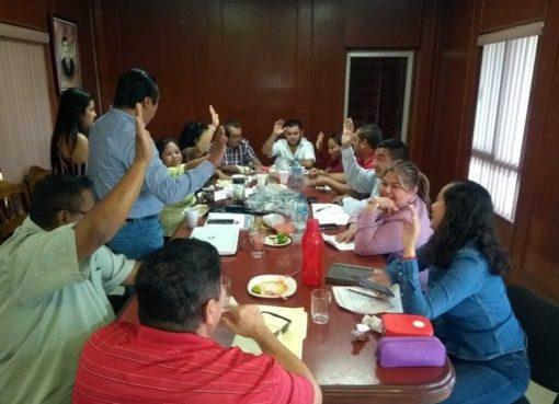 Prohíben a regidores uso de celular en sesiones de cabildo