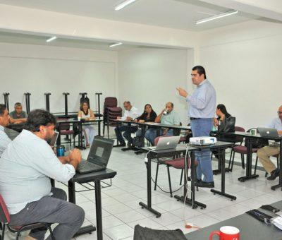Imparten curso sobre derechos de autor en el contexto académico