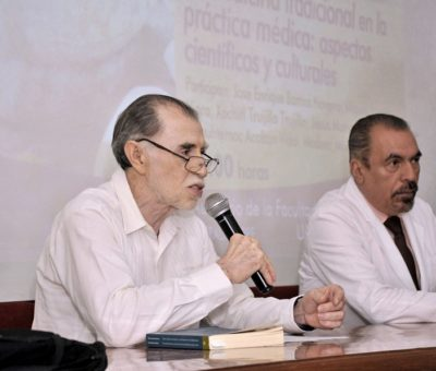 Analizan médicos la medicina tradicional