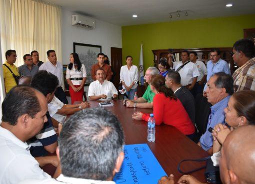 Únicos Beneficiarios con Mototaxis Serían los Ciudadanos y sus Familias: Felipe Cruz
