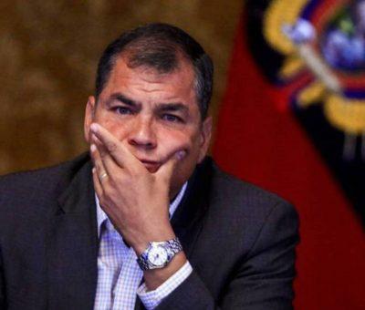 En Ecuador, sentencian a 8 años de prisión al ex presidente Correa