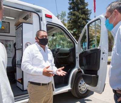 Ternium dona ambulancia  y kits para la protección de personal médico en Aquila