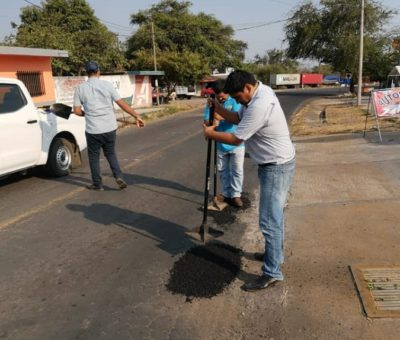 Continúa programa de bacheo en la cabecera municipal de Cuauhtémoc