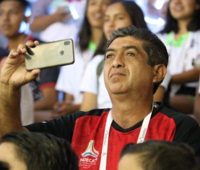 Convoca Incode a participar en el concurso el Papá Más Fan de su hija o hijo deportista