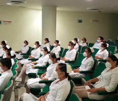 Destacan aprendizaje alumnas y alumnos de enfermería, tras servicio social