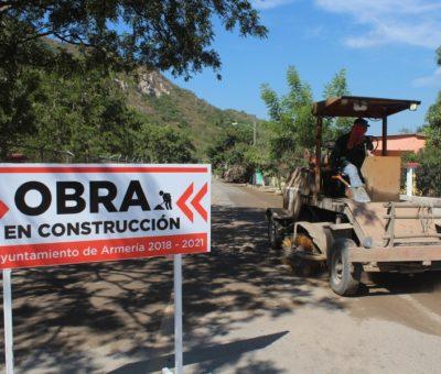 Arrancan construcción de pavimento asfáltico en Coalatilla