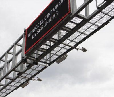 Arcos carreteros del C5i identificanunidad con reporte de robo: SSP