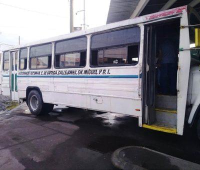 Logra comuna respaldo de transportistas para abrir ruta de Tecomán a Tecuanillo