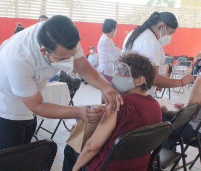 Por concluir etapa de vacunación para mayores de 60 años, de la primera dosis