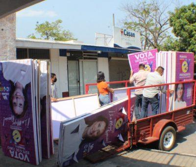 Tey Gutiérrez dona material de campaña para construir refugios caninos