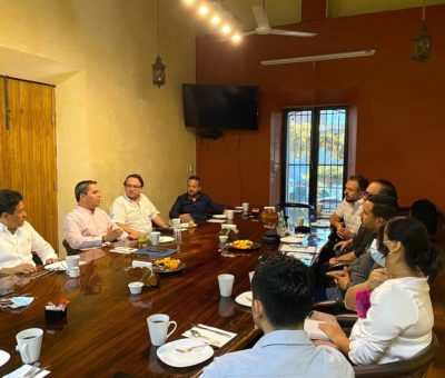 Se reúne rector con el Consejo Económico Empresarial Colima