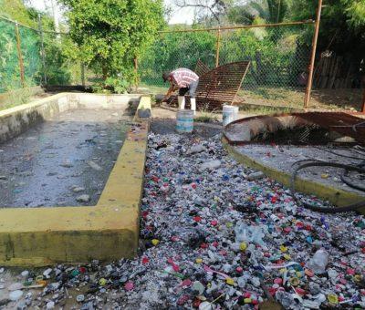 Por cúmulo de basura colapsa red de drenaje en la Sagrado Corazón
