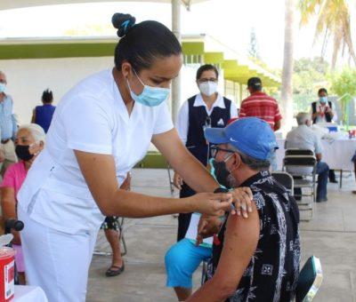Reportan avance del 79% en vacunación contra Covid-19